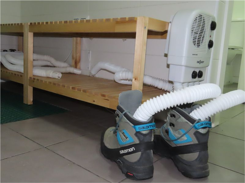 Boot Dryer - Albergue Corredoiras